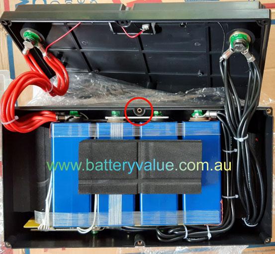 LiFe Maxx 100Ah 150A continuous open case